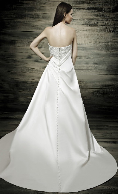 Zage Wedding Dresses Buckinghamshire 39